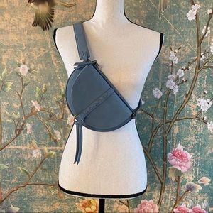 NWOT Universal Thread Belt Bag Blue